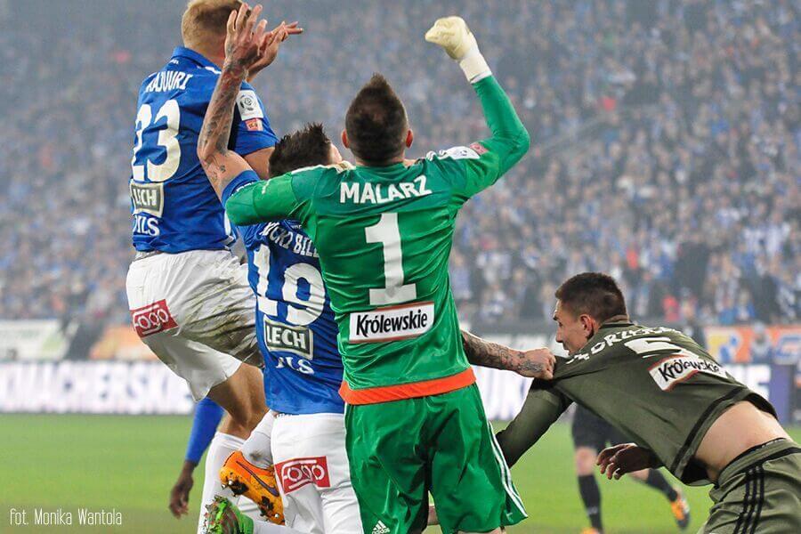 Malarz, Legia Lech walka o piłkę